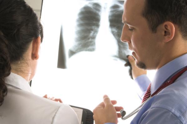 pneumonologos-athens.com12